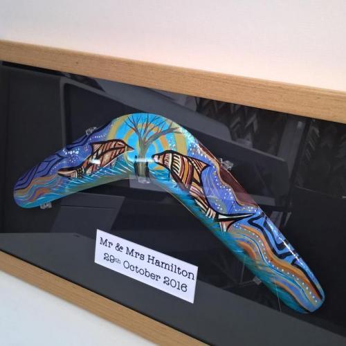 Boomerang box frame